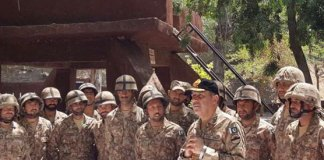 Commander Rawalpindi Corps visits troops in Chamb Sector