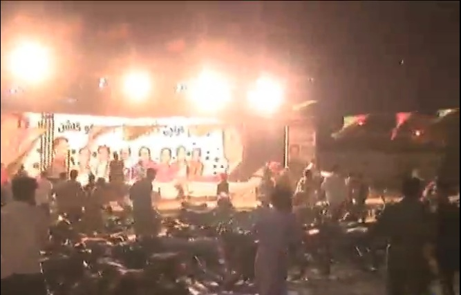 Several injured in clash between PPP, PTI workers for public rally's venue