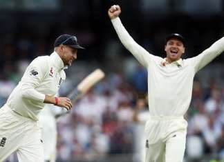 England takes revenge from Pakistan, levels test series 1-1