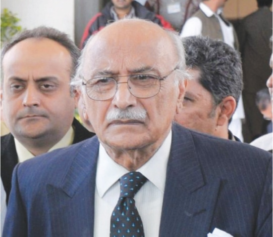 Asghar Khan case: SC directs FIA to submit supplementary report till April 12