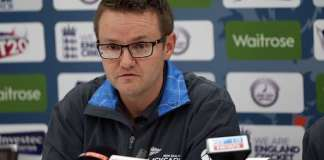 New Zealand cricket coach Hesson quits for family reasons