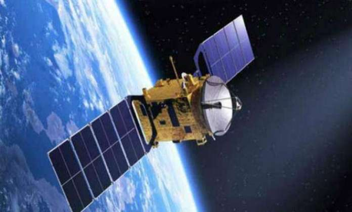 Pakistan launches two satellites using Chinese rocket