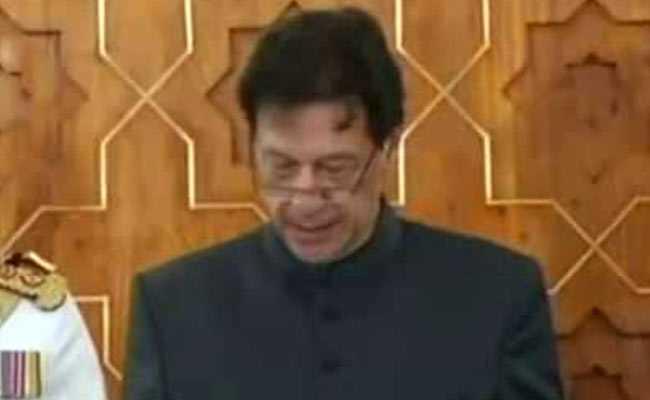 Hurriyat leaders congratulate Imran Khan on assuming PM office