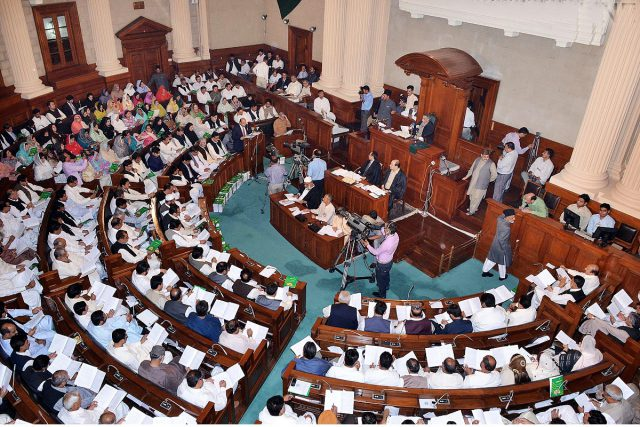 Punjab Assembly passes finance bill as PML-N MPAs remain absent