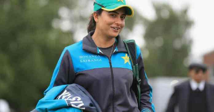 Sana Mir clinches top spot in ICC ODI bowling rankings