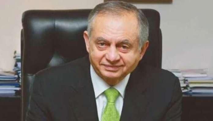 Govt making efforts to reduce trade deficit: Razak Dawood