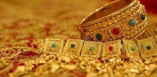 Gold price increases by Rs2300 per tola in last week