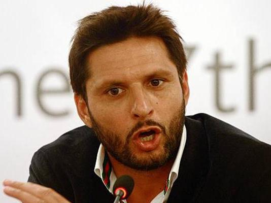 Shahid Afridi says his welfare work should not be given political angle