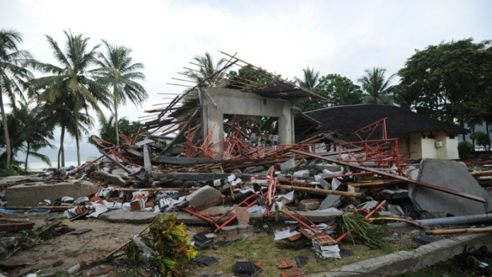 Death toll from Indonesia tsunami rises to 281: disaster agency