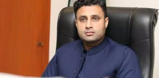 Govt to take control of economic crisis soon: Zulfi Bukhari