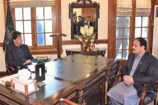 PM Imran discusses provincial matters with Punjab CM, Governor