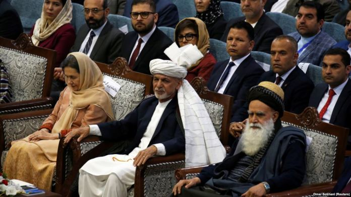 Thousands Afghan grand jirga to initiate peace talks with Taliban