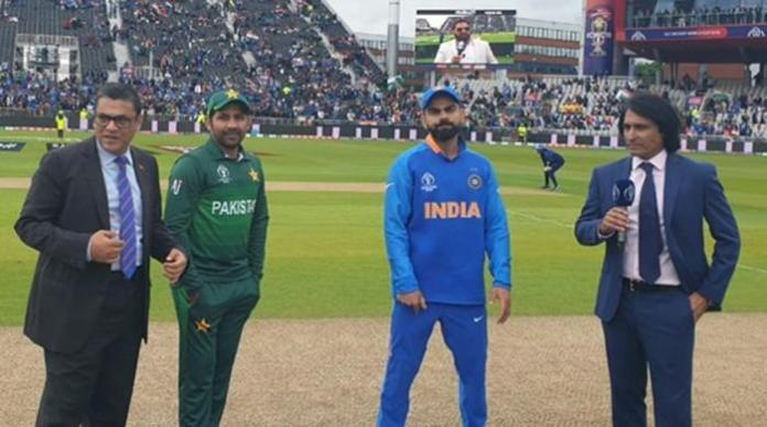 Pakistan win the toss, choose to field against India