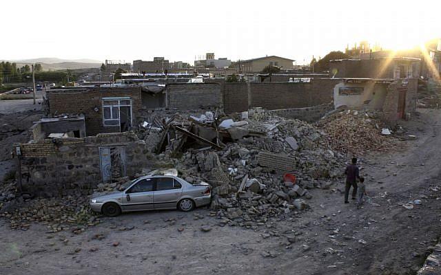 Five killed, 120 injured in Iran earthquake