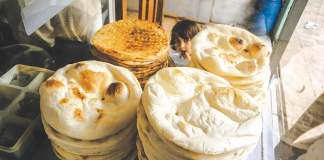Peshawar nanbais demand Rs5 increase in roti price