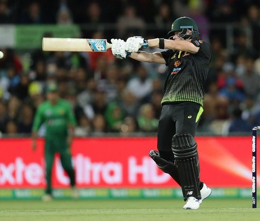 Australia crushes Pakistan by 10 wickets, win series with 2-0