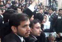 Violent lawyers storm PIC Lahore, broke windows of emergency ward
