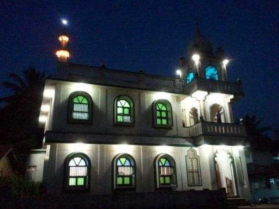 Policeman killed, in firing inside mosque in Harnai