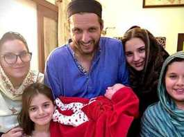 Shahid Afridi wants fans to name his newborn daughter