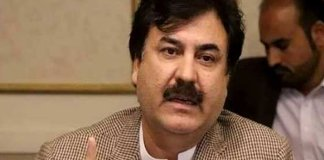 Shaukat Yousafzai claims BRT Peshawar to be completed by April 2020