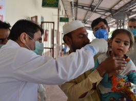 Two more die as number of coronavirus cases surge to 776 in Pakistan