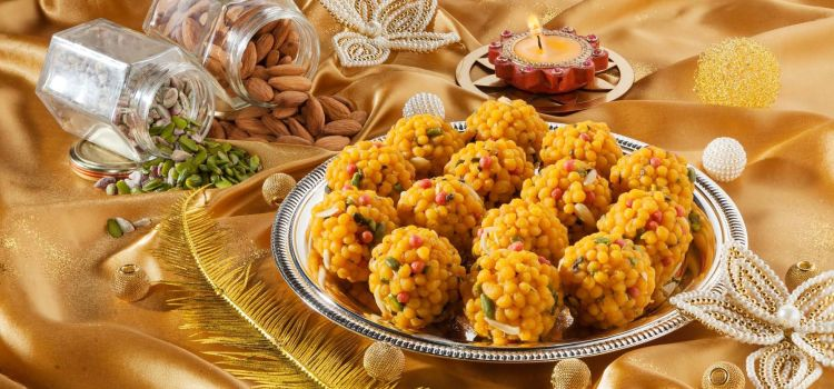 Delhi's Iconic Mithai Brand Opens Shop in Srinagar