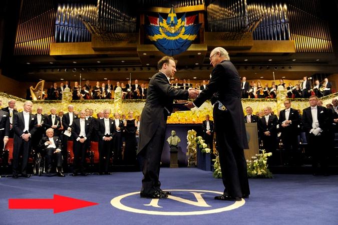 Аваков объяснил, почему Азов использует символику, похожую ...