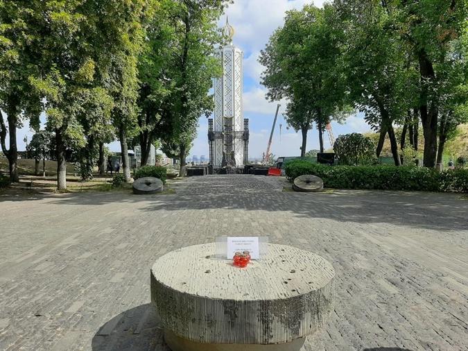 Статую пришлось убрать. Фото: holodomormuseum.org.ua