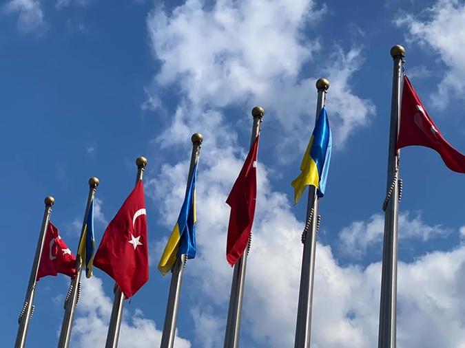 Владимир Зеленский прибыл в Турцию фото - Новости на KP.UA