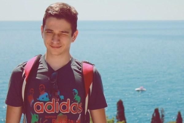 """16-летний запорожец создал сайт по """"бородизации ..."""