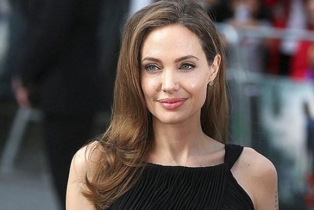 Анджелина Джоли'Я перепробовала все наркотики мира Джоли призналась в наркоманской молодости