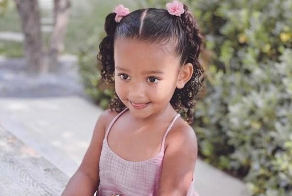 Ким Кардашьян поздравила дочь с днем рождения и показала ...