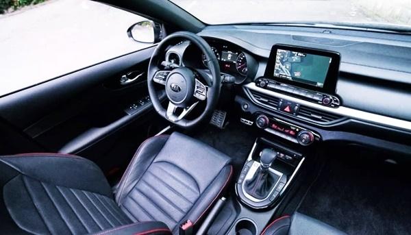 2021 KIA Cerato GT Interior
