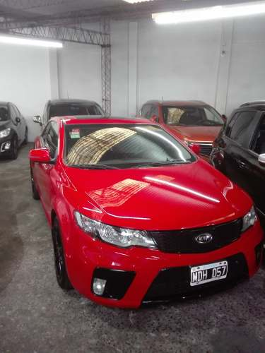 Kia Cerato 2.0 Koup 6mt – Impecable
