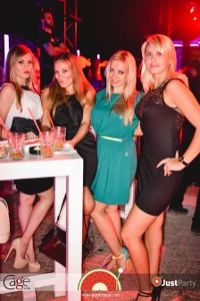 Cage Club - White Swan - 044