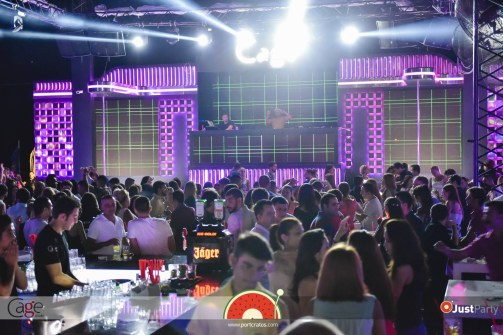 Cage Club - White Swan - 059