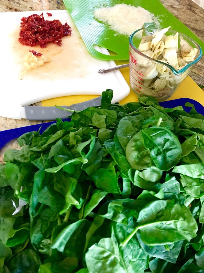 One Pot Spinach Sun Dried TOmato and Artichoke Pasta