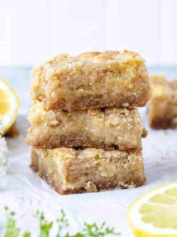 Lemon Crumb Bars | kickassbaker.com