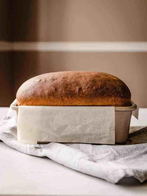 baked sandwich bread