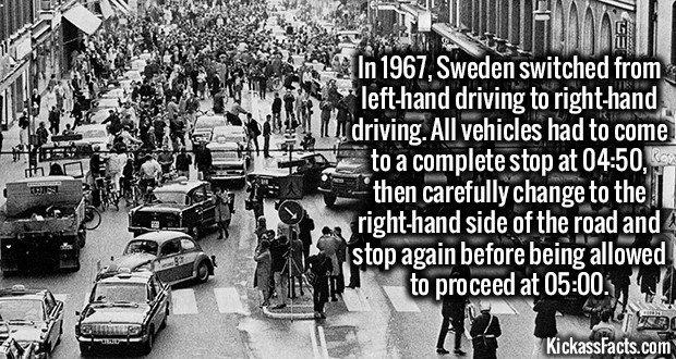 1752 Sweden Driving Lane Change