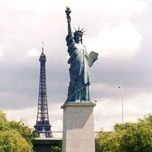 30 Kickass and Interesting Facts About Paris | KickassFacts.com
