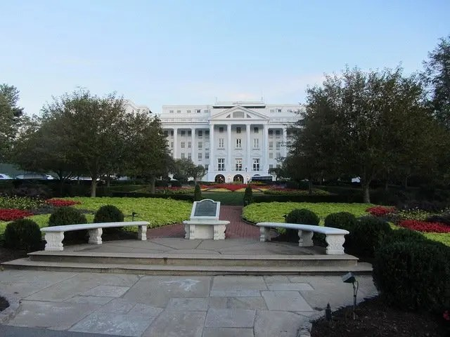008_The Greenbrier