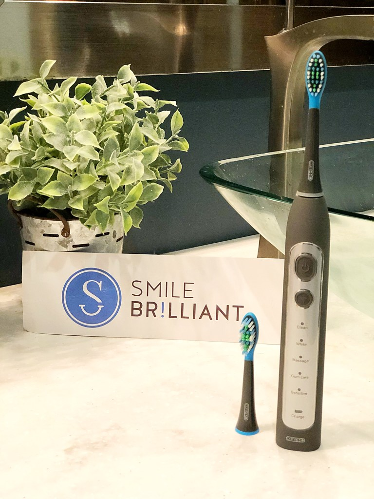Smile Brilliant cariPro Electric Toothbrush Giveaway #electrictoothbrush #cariPRO #smilebrilliant #smilefearlessly #cleanteeth