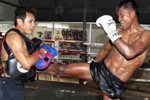 Muay Thai training Buakaw