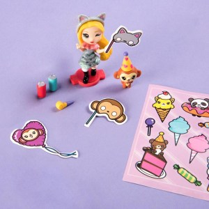 party-popteenies-double-surprise-popper-with-confetti-toys-2