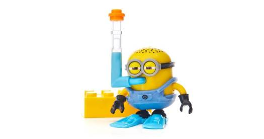 despicable-me-minions-blind-bag-pack-series-2-figures-03.jpg