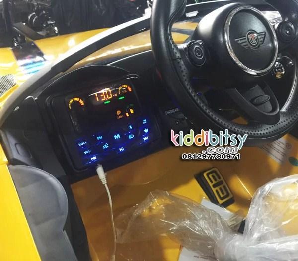minicooper-2-kursi-kuning-real-dashboard