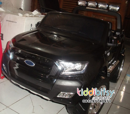 FORD Ranger 4WD Wildtrack licensed Ban Karet