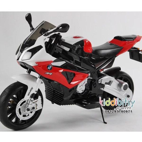 bmw-s1000-motor-aki-anak