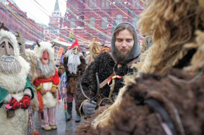 Street theatre for Maslenitsa in Moscow
